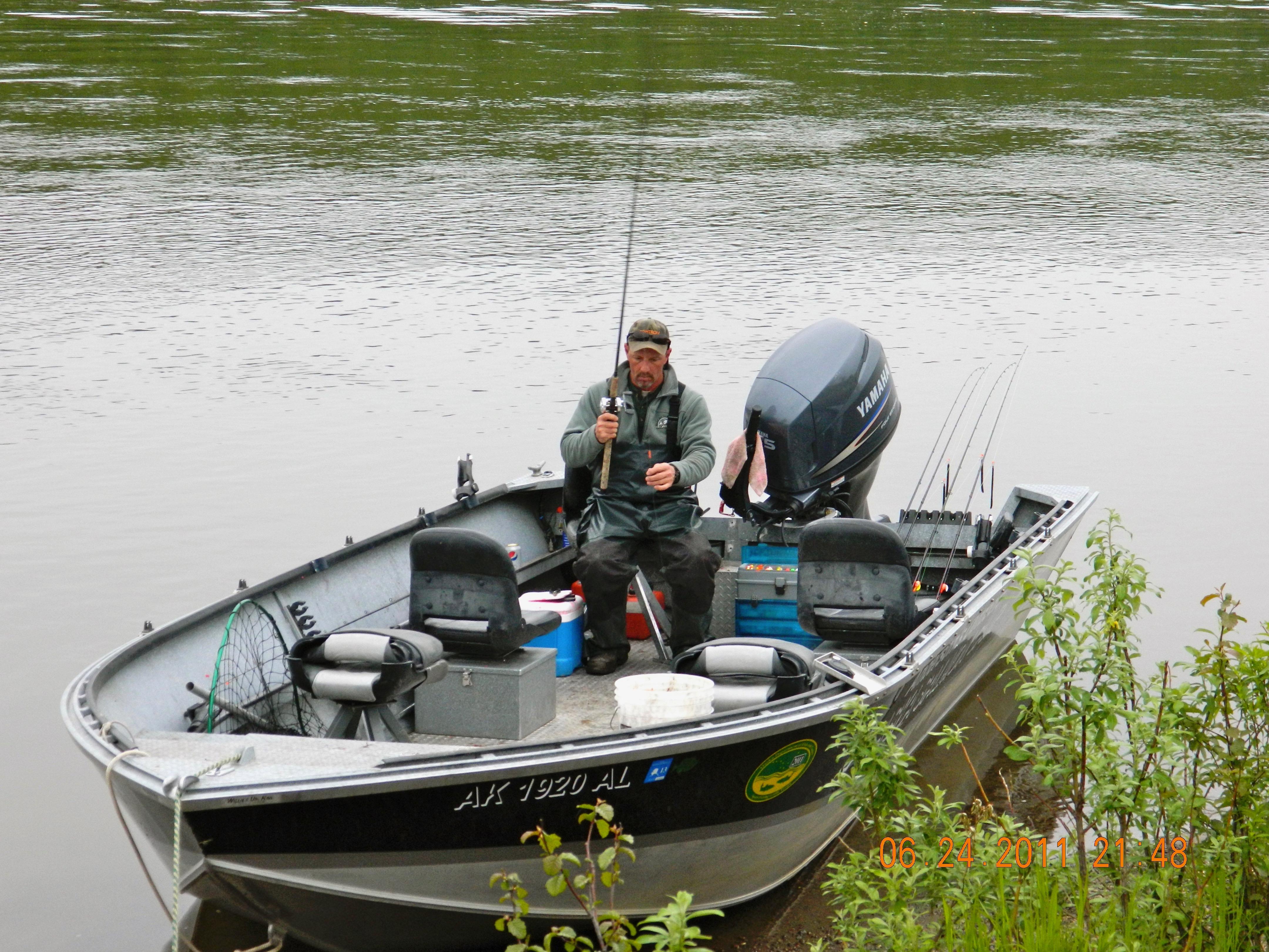 Salmon camp alaska fishing salmon camp for Alaska out of state fishing license